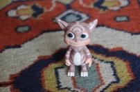 Une petite figurine du jeu creatures4